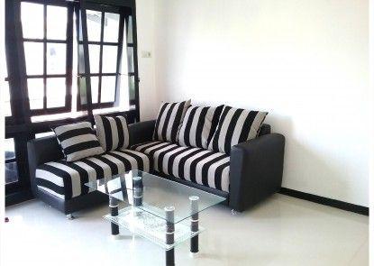 Mess Inn Semarang Ruang Tamu