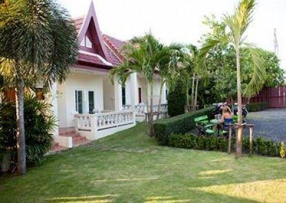 Lucky Lek Resort