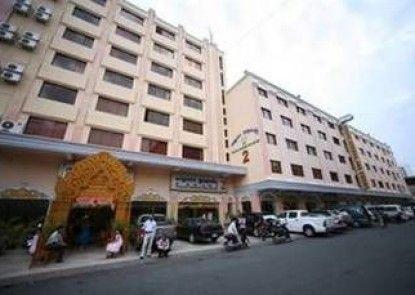 Lucky Star 2 Hotel