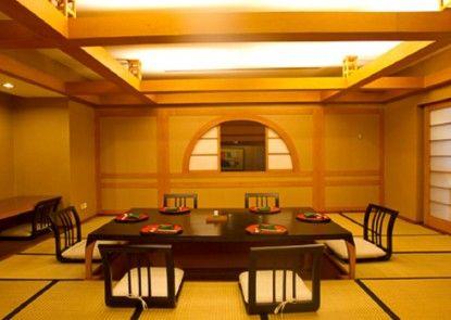 Lumire Hotel & Convention Center Restaurant Jepang