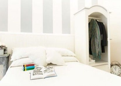 Lungomare Rooms & Charme
