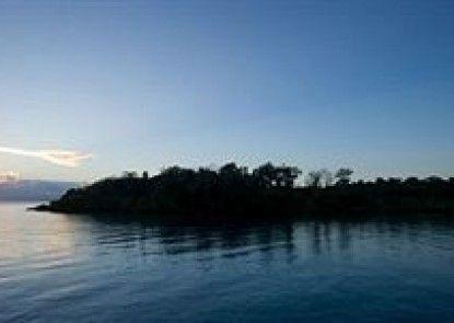 Lusia\'s Lagoon Chalets