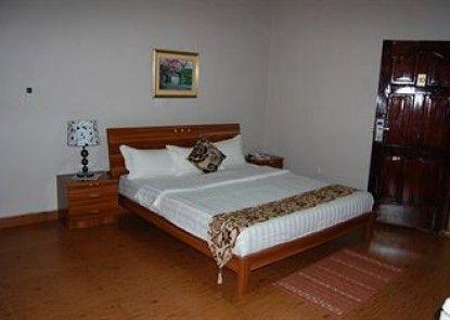 Luxe Suites Hotel