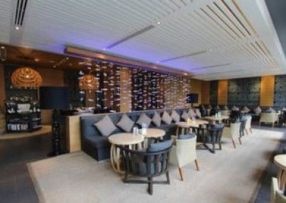 Luxury Condo Hua Hin by Wanlada