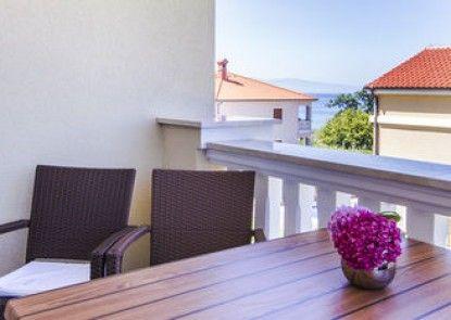 Luxury Villa Mande