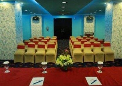 Lynt Hotel Makassar Ruangan Meeting