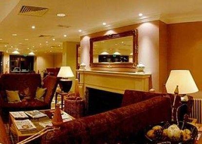 Macdonald Aviemore Highland Hotel Teras
