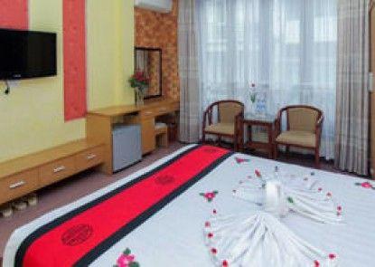 Madam Moon Guesthouse