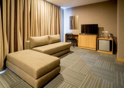 Madison 101 Hotel & Tower
