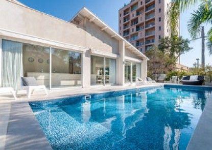 Magical Villa in Herzliya