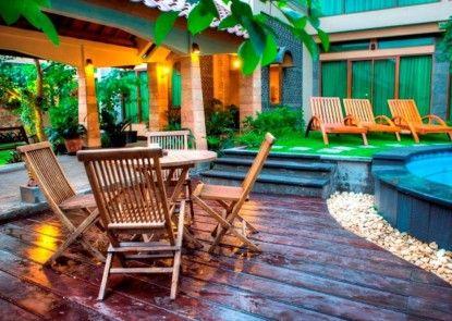 Maharani Guesthouse Kolam Renang