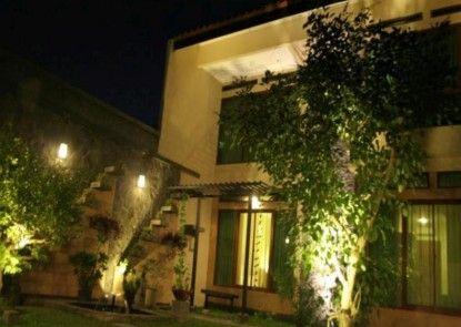 Maharani Guesthouse Eksterior