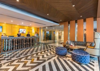 Maitria Hotel Sukhumvit 18 – A Chatrium Collection Lobby