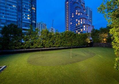 Maitria Hotel Sukhumvit 18 – A Chatrium Collection Lapangan Golf (di tempat)