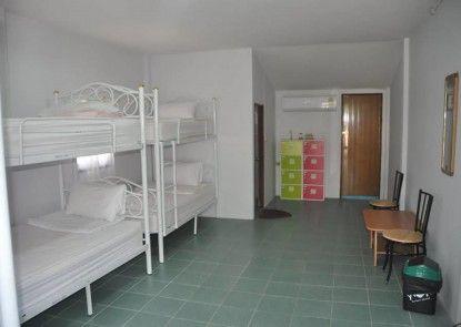 Majestic Hostel