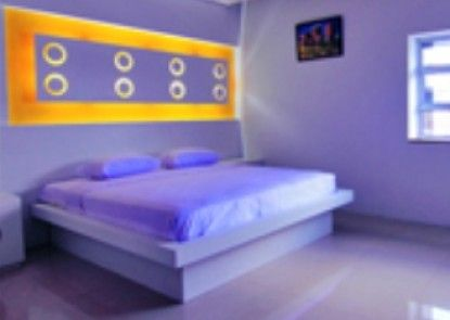 Majestiq Hotel Pekanbaru Kamar Tamu