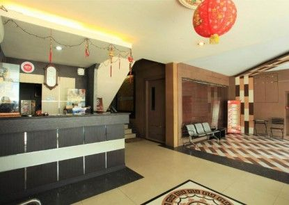 Majestiq Hotel Pekanbaru Lobby
