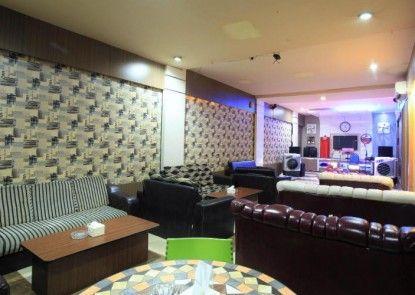Majestiq Hotel Pekanbaru Lounge