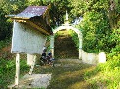 Makam Nong Isa