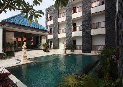 Mamo Hotel Uluwatu Kolam Renang