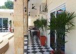 Pesan Kamar King Size Room di Mangoes Motel