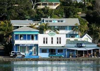 Mangonui Waterfront Apartments Motel