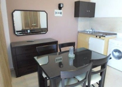 Manos Apartments