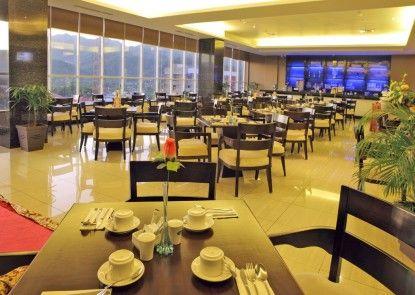 Maqna Hotel Gorontalo Rumah Makan