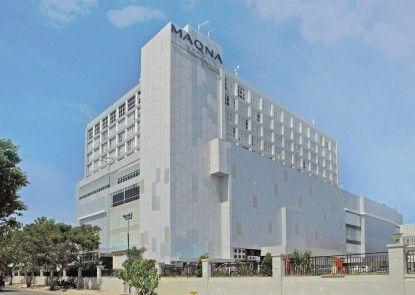 Maqna Hotel Gorontalo Eksterior