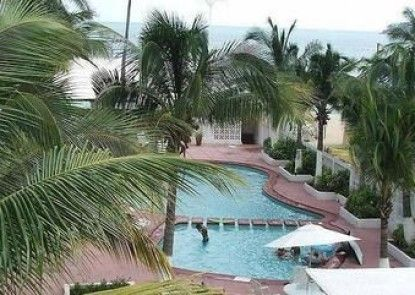 Maralisa Hotel And Beach Club