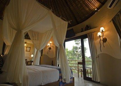 Mara River and Safari Lodge Teras