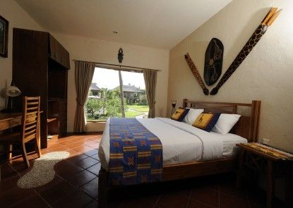 Mara River and Safari Lodge Kamar Tamu