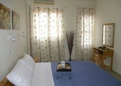 Maravelia Apartments