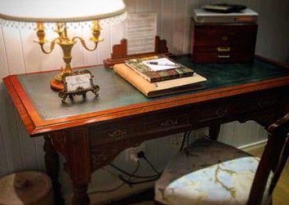 Margaret River Antiques & Studio Guest Suites