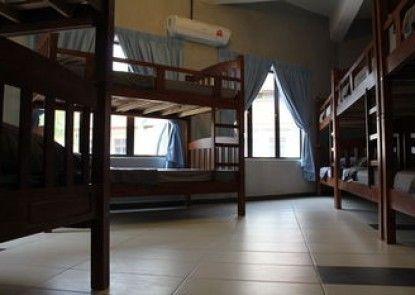 Mari Hostel