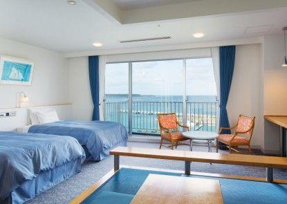 Marine Piazza Okinawa