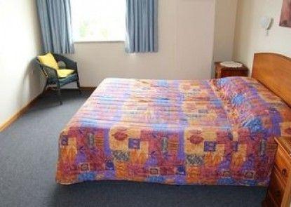 Marquis Hotel Motel