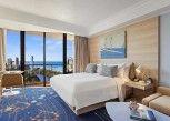 Pesan Kamar Kamar Deluks, 1 Tempat Tidur King Dengan Tempat Tidur Sofa, Balkon, Pemandangan Laguna di Marriott Vacation Club at Surfers Paradise