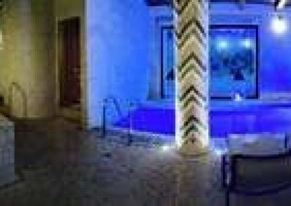 Martines Club Resort & Mandalay SPA