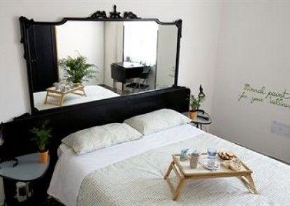 Martini Bed