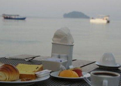 Mary Beach Hotel and Resort