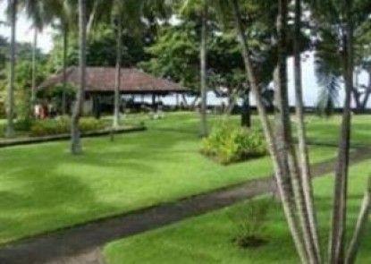 Mascot Beach Hotel Taman