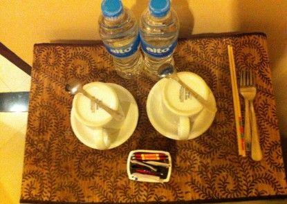 Hotel Matahari Guesthouse Kamar Tamu