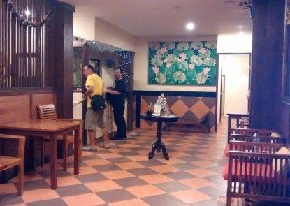 Hotel Matahari Guesthouse Lobby