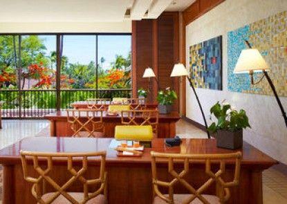 Mauna Lani Bay Hotel and Bungalows