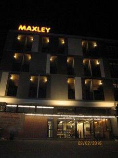 Maxley Hotel@Arjuna