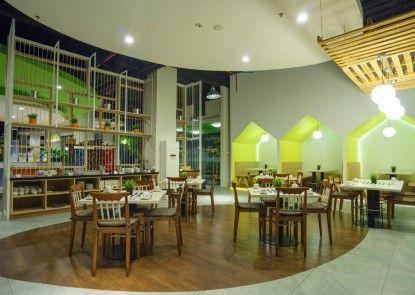 MaxOneHotels at Bounty Sukabumi Rumah Makan