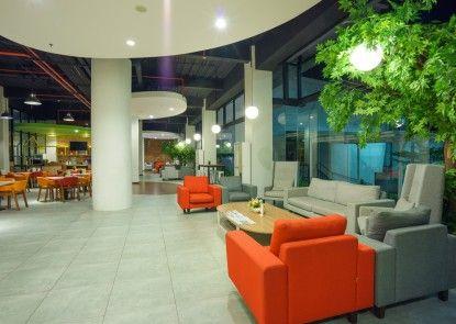 MaxOneHotels at Bounty Sukabumi Lobby