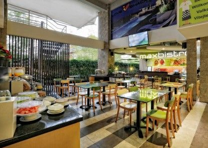 MaxOneHotels at Bukit Jimbaran Rumah Makan