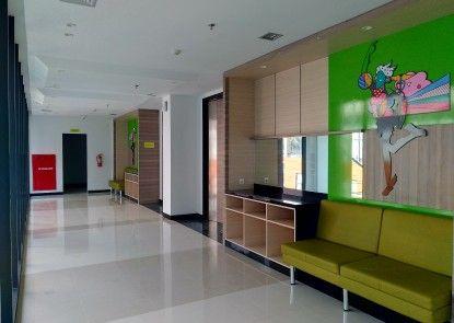 MaxOneHotels at Platinum Hayam Wuruk Jakarta Ruangan Meeting